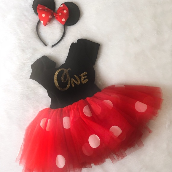 9332843808231 One year old Minnie Mouse birthday outfit
